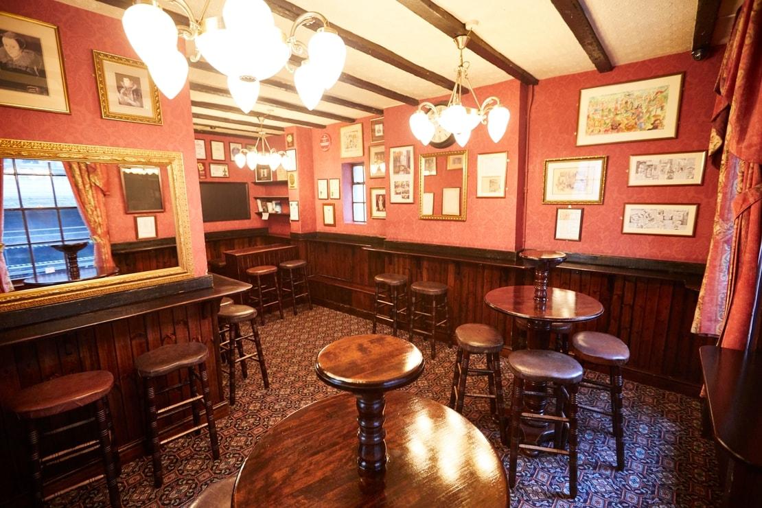 Ye Olde Mitre Fuller S Pub And Restaurant In Hatton Garden
